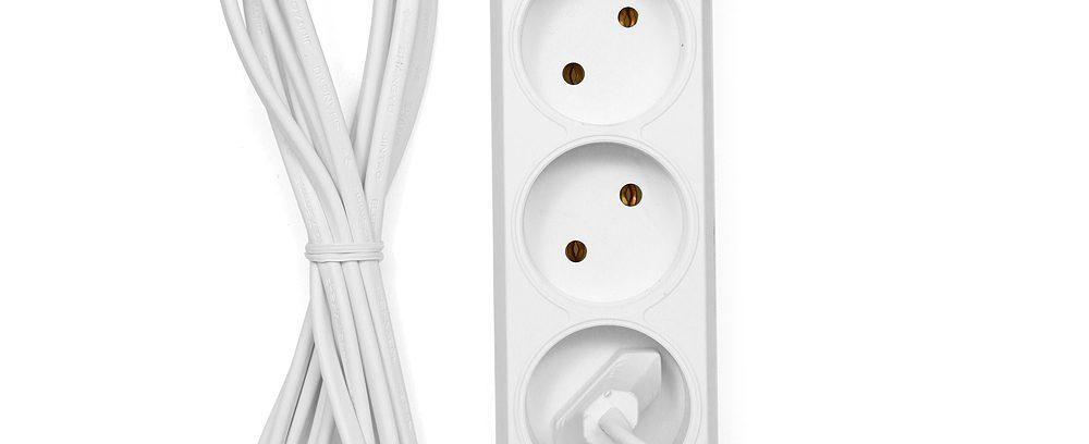 Удлинитель сетевой Гарнизон ЕL-E3-W-3 белый, 3 розетки, 6А, 3м