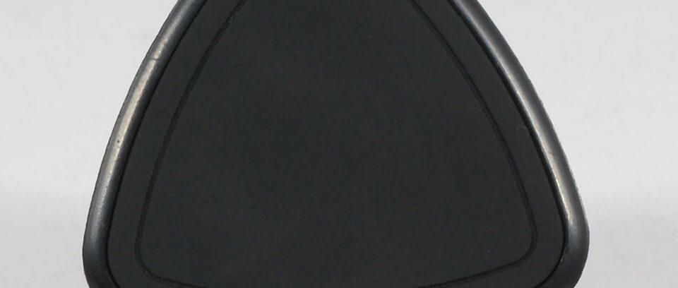 Автодержатель Магнитный Треугольник для смартфонов, крепление в воздуховод